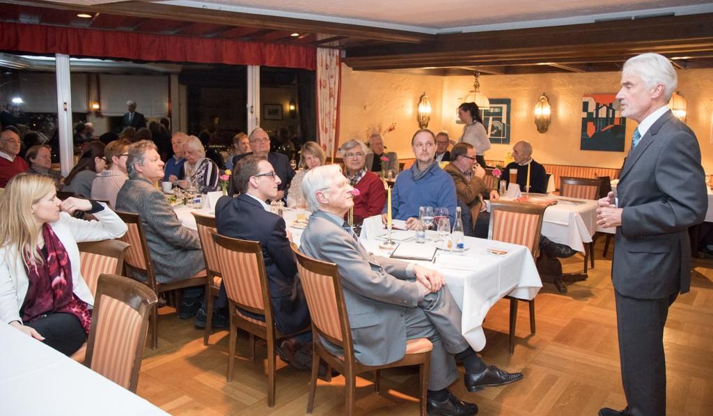 Am 18.02.2016 in Winnenden-Bürg mit Prof. Dr. Ulrich Goll MdL. Thema Sicherheit und Freiheit